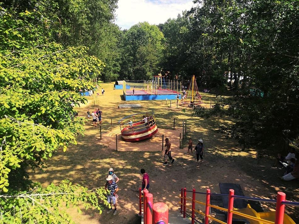 Plaine de jeux Parc de Pierre-Brune Mervent