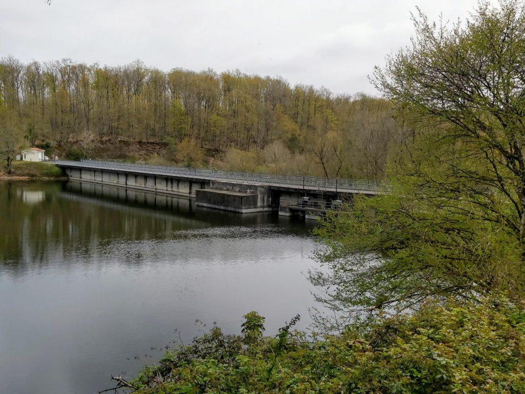 Retenue d'eau barrage de Vouvant Mervent