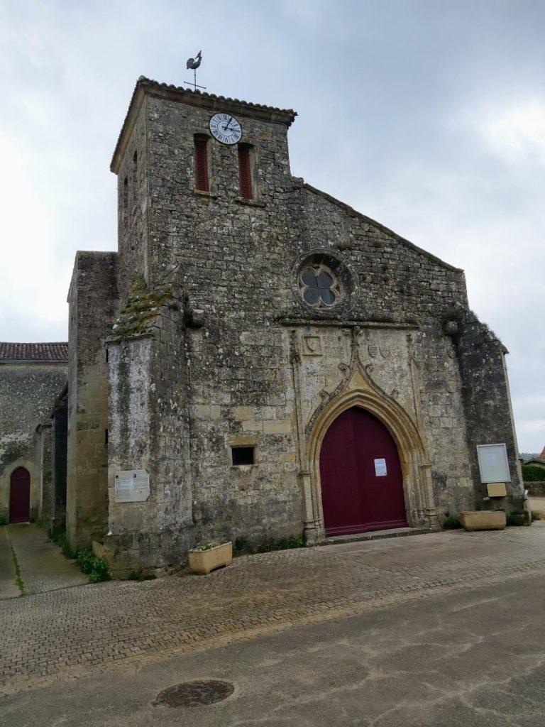 Eglise Saint Médard à Mervent en Vendée