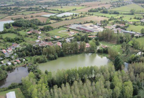 Village de la Jamonière à Mervent