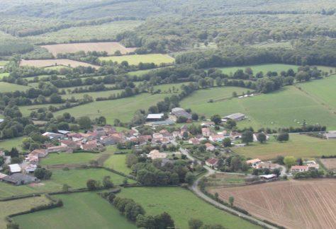 Vue aérienne village du Nay à Mervent