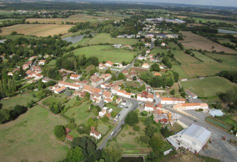 Village Les Ouillières à Mervent