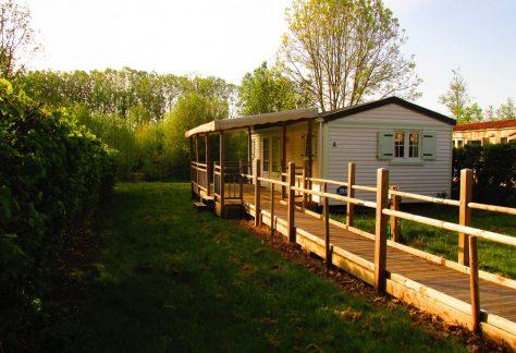Camping Les Amis de la Forêt à Mervent